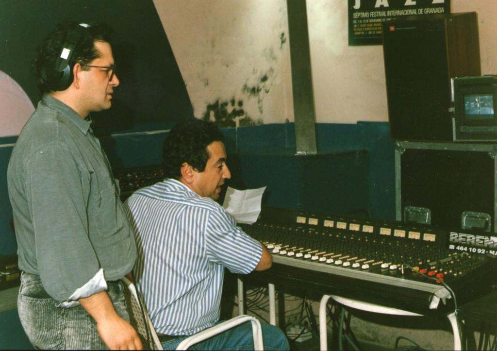 1989.4.25. En el sótano de Elígeme, grabando el programa de Xosé Afonso para La Buena Música (TVE).
