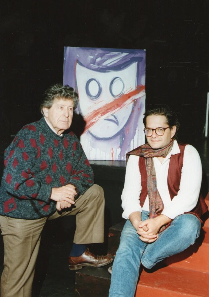 Con su padre en el teatro Alfil (c) Paco Manzano